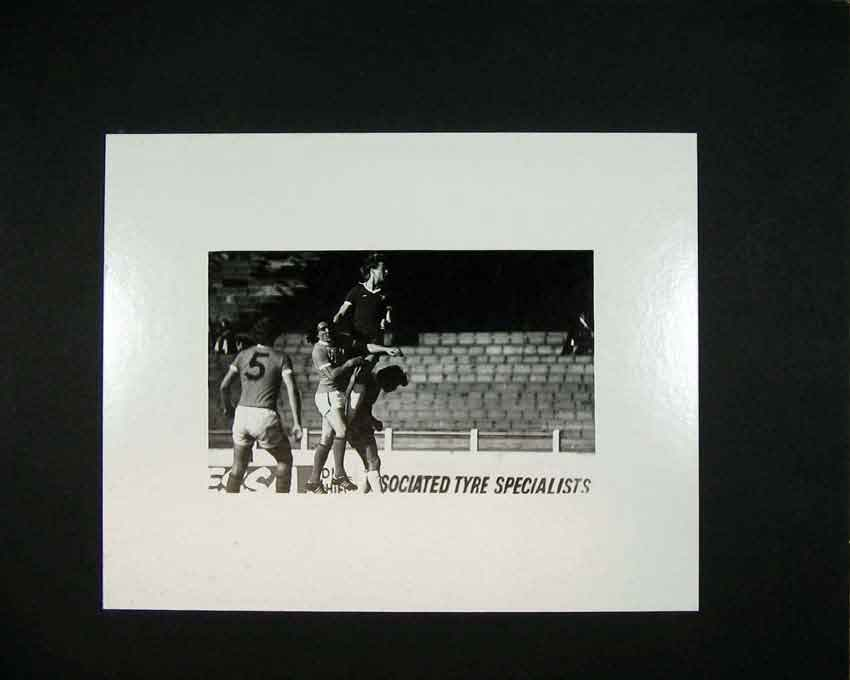 Print 1970 Football Players Sport Photographic Andrew Ward 104C201 Old Original